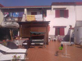 Villetta a schiera in vendita a Baia Felice in viale sicilia - 17945410